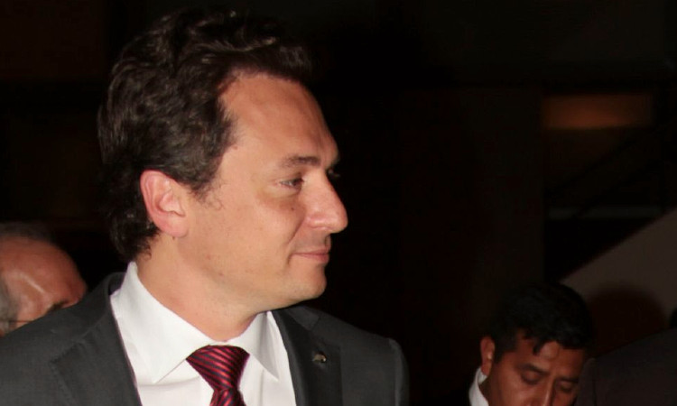 Emilio Lozoa ya ha hecho la primera declaración. AMLO lo insta a cuidar su salud - Uno TV