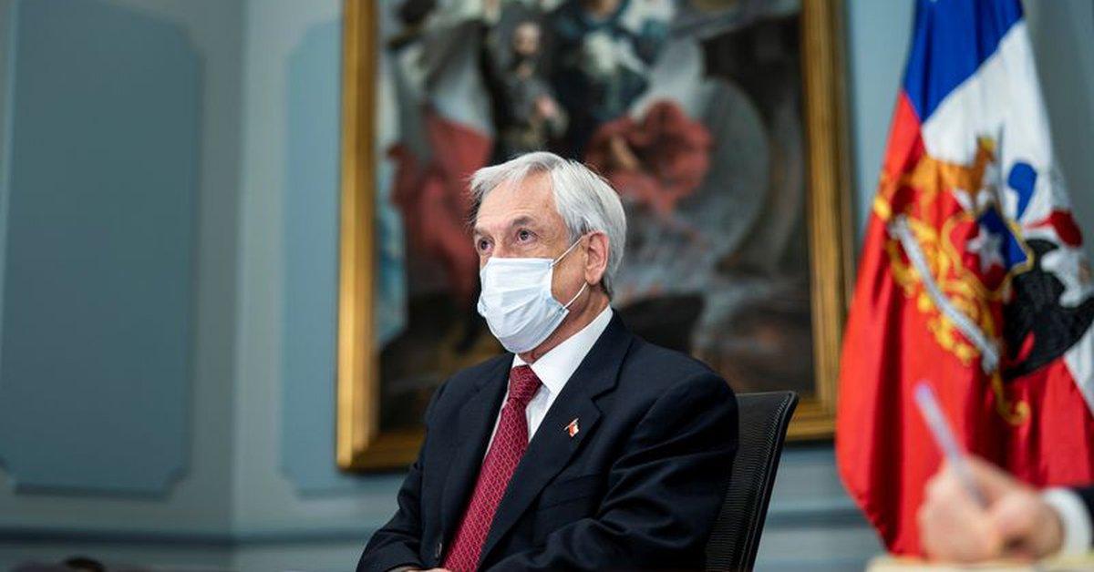 El presidente chileno, Sebastián Piñera, aprobó una ley que prohíbe los fondos de jubilación anticipada