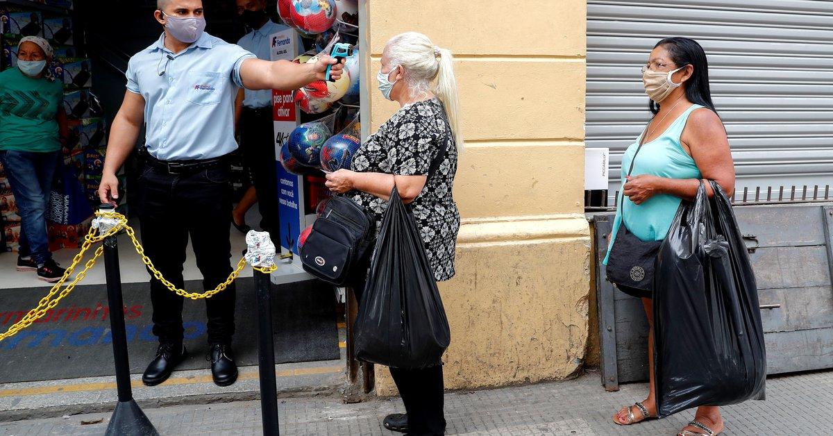 Ha habido 1,211 muertes nuevas por el coronavirus en Brasil, con más de 86,000 muertes desde que comenzó el brote.