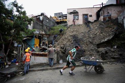 Anna dejó dos muertos en Coahuila, dos en Reynosa y los desaparecidos en Monterri, Reynosa (Foto: Reuters / Daniel Becerril)