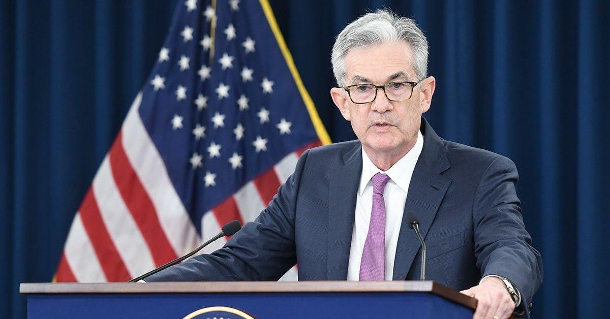 La Reserva Federal de los Estados Unidos dice que el aumento en los casos de Covid-19 está comenzando a pesar en la economía del país.