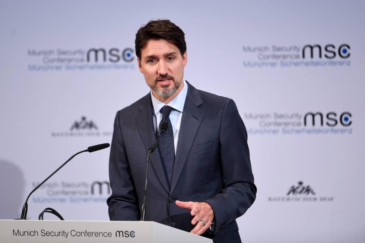 Canadá - El ministro de finanzas canadiense investigará a Trudeau sobre posibles conflictos de intereses