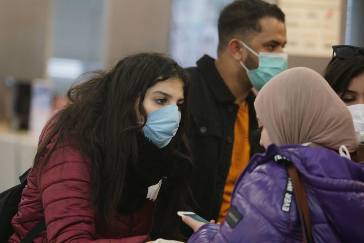 Coronavirus.- Los Países Bajos fuerzan el uso de la máscara en partes de Amsterdam դամ Rotterdam debido a un aumento en los casos