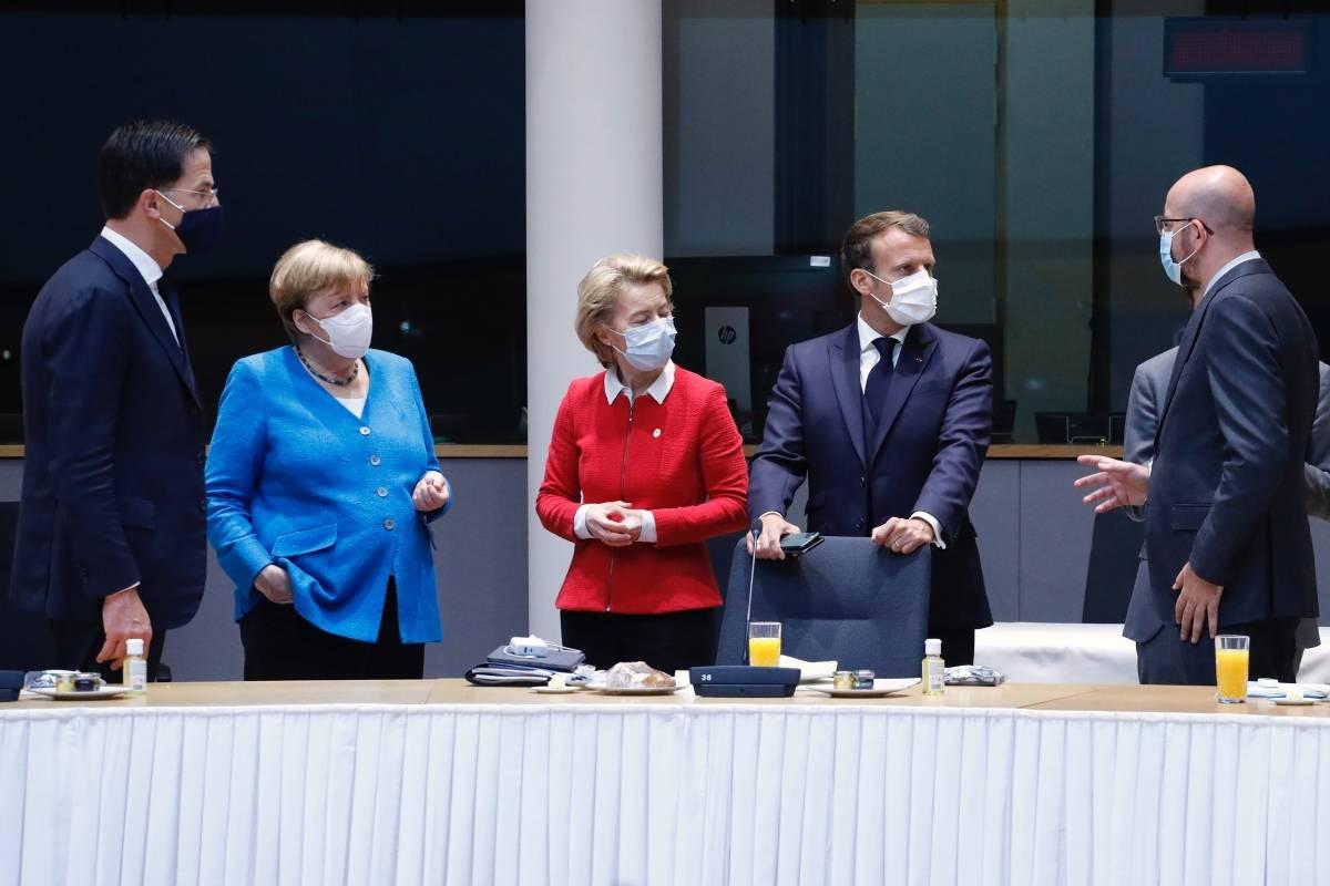 Cumbre de la UE: los líderes se reúnen nuevamente este domingo, el tercer día de negociaciones sobre el Fondo Europeo