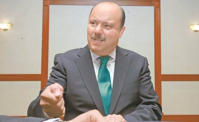 Fiscal de EU pide negar libertad bajo fianza a exgobernador César Duarte