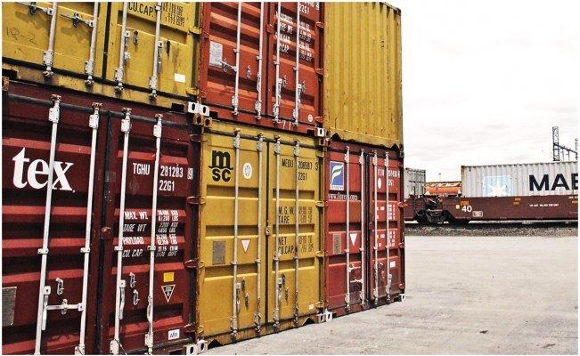 Balanza comercial alcanza un superávit histórico tras reapertura económica