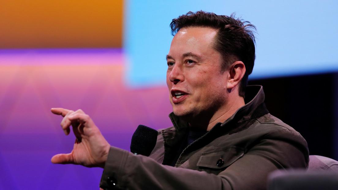 """Elon Musk afirma que las personas """"ya son en parte"""