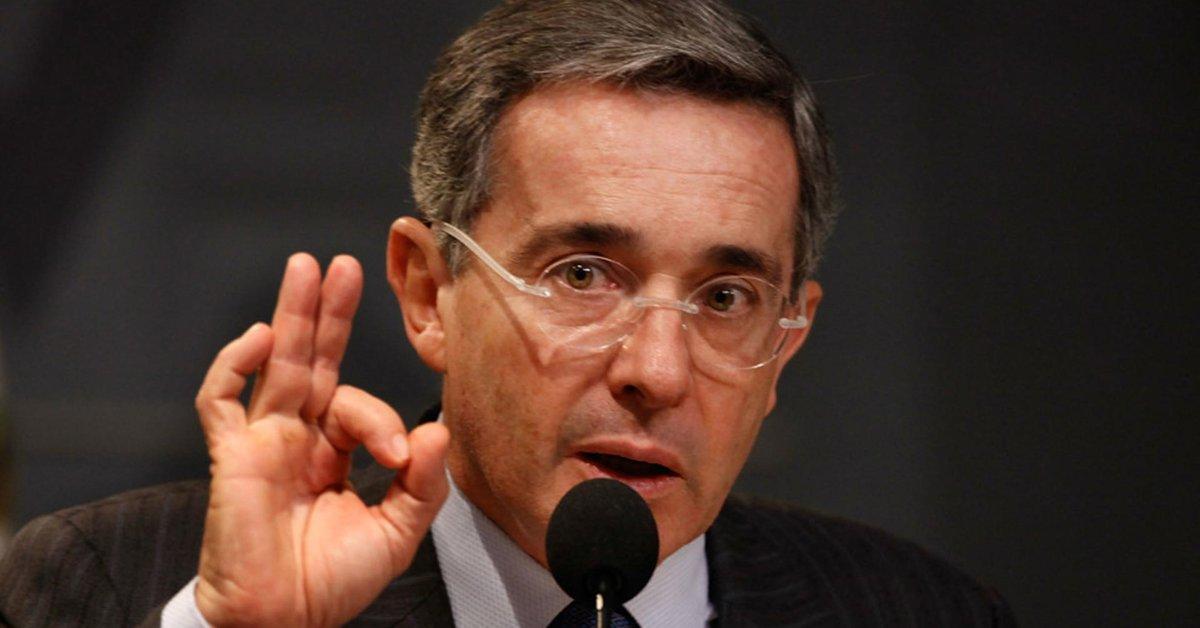 El expresidente Uribe pidió a la corte que publique su caso por la filtración
