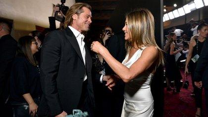 Enn enifer Aniston և Brad Pitt.  Las fotos de reencuentro más esperadas de los SAG Awards (AFP)