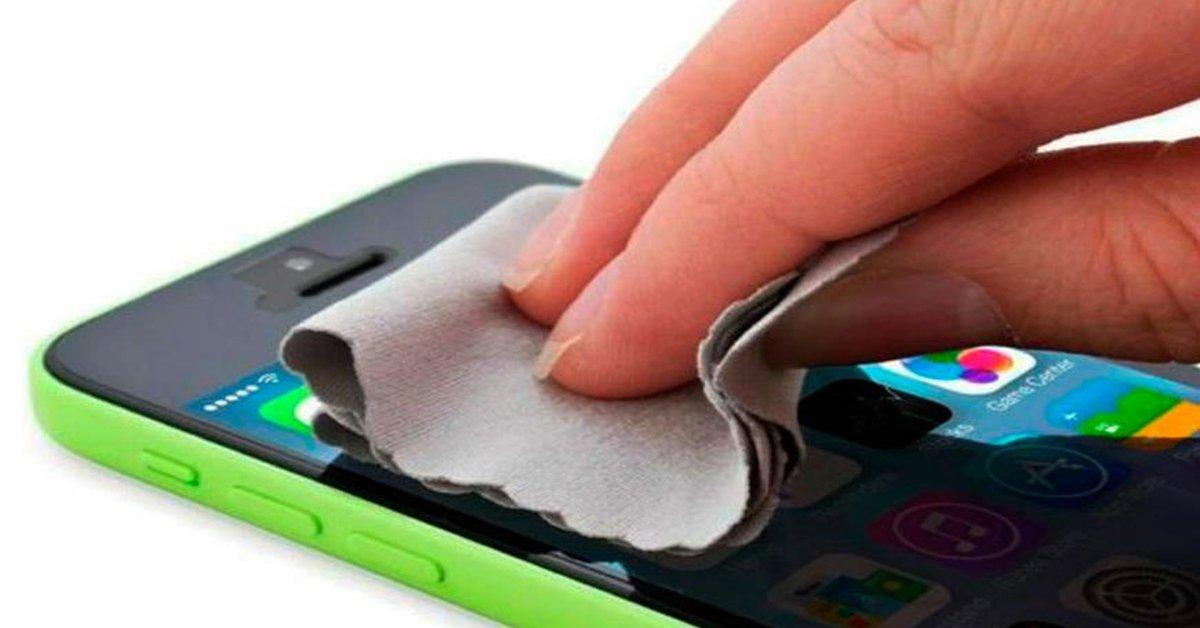 Para que pueda desinfectar su teléfono evitando contraer COVID-19 tocándolo