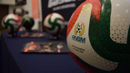 A unos meses de la apertura del torneo inaugural de la LBM, ya son varios los escándalos que han plagado a la organización (Foto: Liga Mexicana de Fútbol / cortesía)