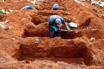 Cementerio latinoamericano de Villa Formosa inaugura nuevo cementerio en Sao Paulo, Brasil (EFE)