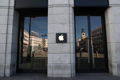 Tienda, Puerta del Sol, Madrid (Reuters)