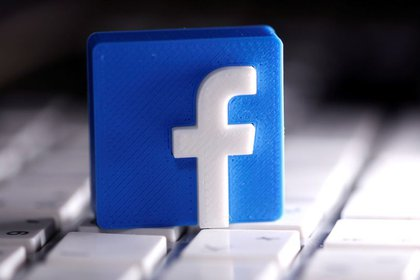 Facebook explica que la capacidad de ofrecer anuncios dirigidos en iOS 14 será