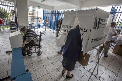 Las elecciones de 2021 serán el primer gran desafío electoral para el gobierno de AMLO (Foto de Quartoskuro)