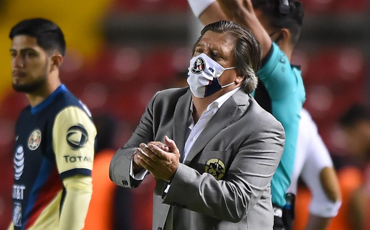 América Miguel Herrera.  Richard Sánchez arriesgó su propiedad