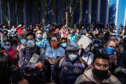 Además, la Secretaría de Salud de la CDMX informó que siete colonias habían abandonado el programa debido a la caída de sus tasas de infección (Foto de Cuartoscuro)