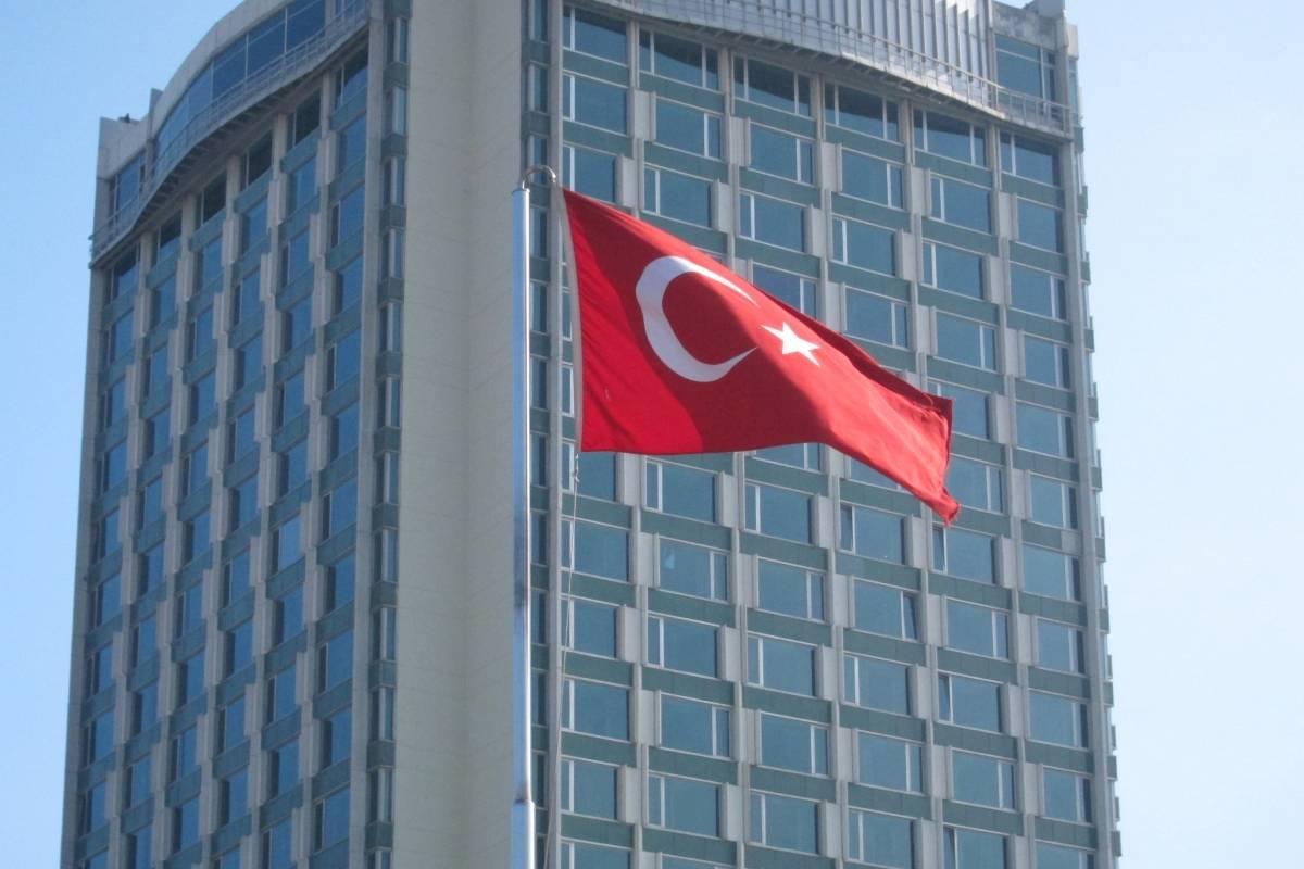 Grecia / Turquía: Turquía continúa la búsqueda en el Mediterráneo oriental a pesar de las disputas con Grecia