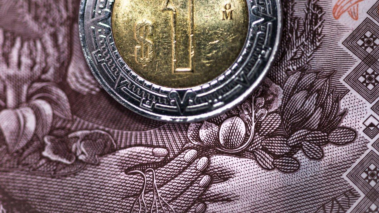 Peso y BMV ganan por expectativas de más estímulos para la economía mundial