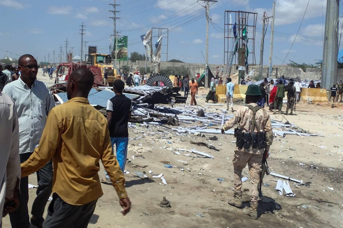 Somalia - Se suicidó frente a un restaurante en la capital somalí