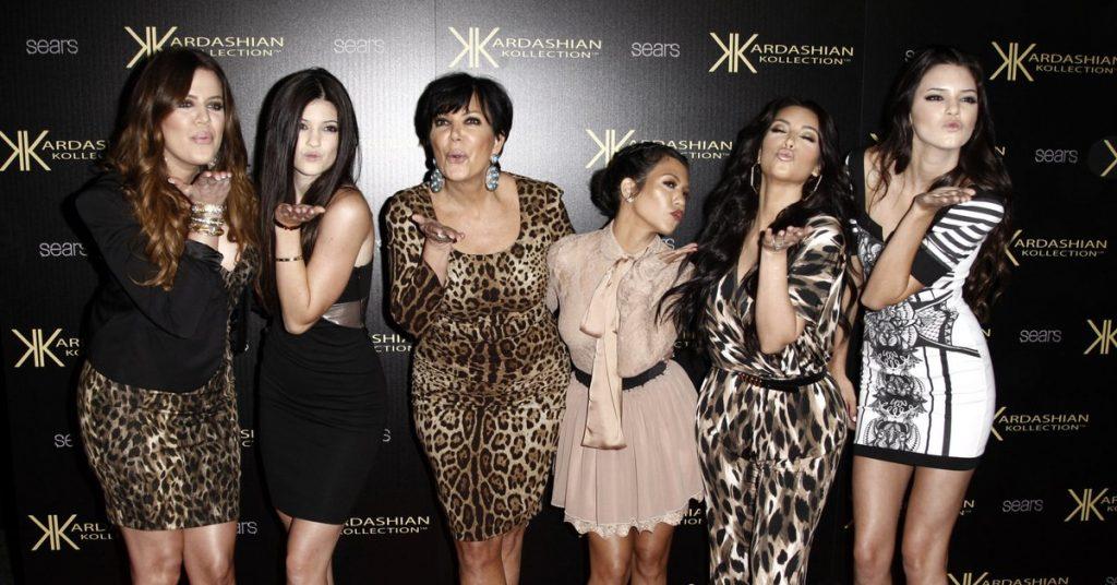 Kim anuncia la final de «Keeping With The Kardashians»