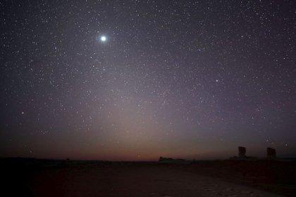 Foto descriptiva del planeta Venus visto desde Egipto.  Mayo de 2015 (Foto de REUTERS / Amr Abdallah Dalsh)