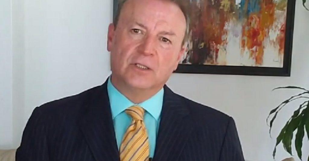 """""""López cuenta como días tomados como presidente de su país"""". El titular de FRENAAA espera que AMLO renuncie en diciembre"""